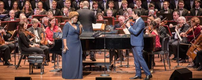 Seattle Symphony Orchestra: Stuart Chafetz - Holiday Pops at Benaroya Hall