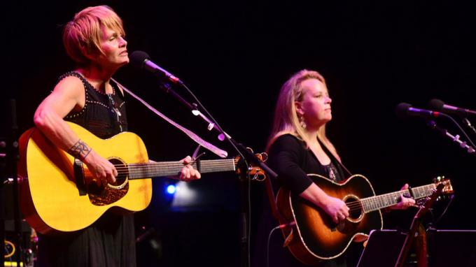 Mary Chapin Carpenter & Shawn Colvin at Benaroya Hall